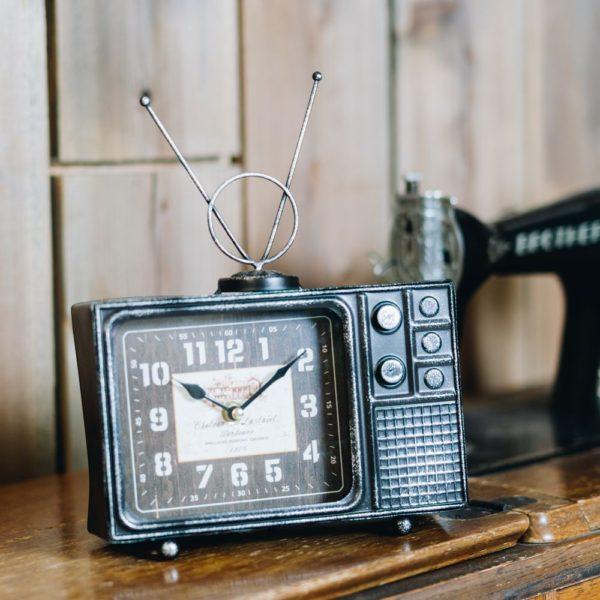 ヴィンテージモチーフクロック「television(テレビジョン)」